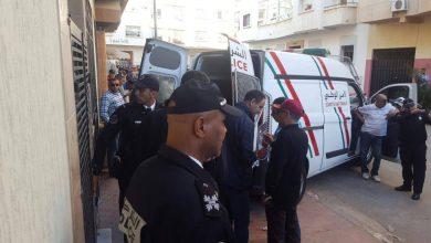 صورة تمارة… موظف شرطة يضطر لاستعمال سلاحه الوظيفي لتوقيف جانح عرض عناصر الشرطة للخطر